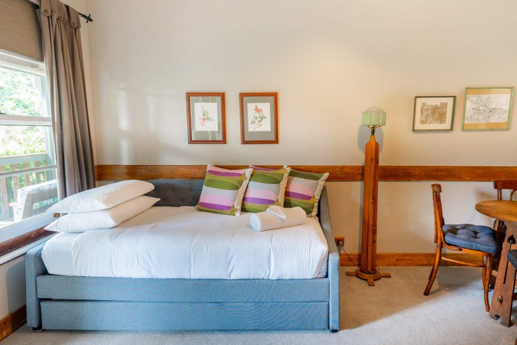 Sofa/Trundle Otways Suite