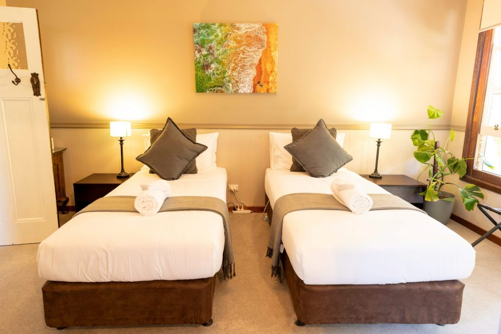 Otways Twin Singles Accommodation Forrest